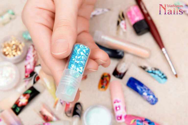Mách bạn 8 món phụ kiện nail đi du lịch ấn tượng | NailsVietNam