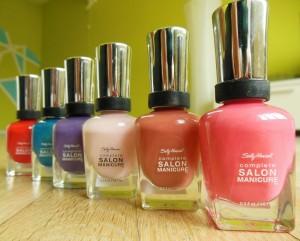 Các sản phẩm nước sơn gel thuộc dòng thương hiệu nail cao cấp