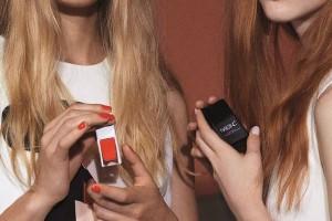 Sản phẩm nail đầu tiên của Victoria Beckham chính thức ra mắt