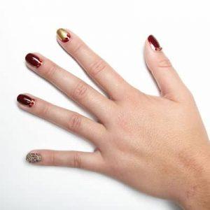 Hướng Dẫn Vẽ Nail: Nail Hoàng Gia Với Pha Lê Swarovski