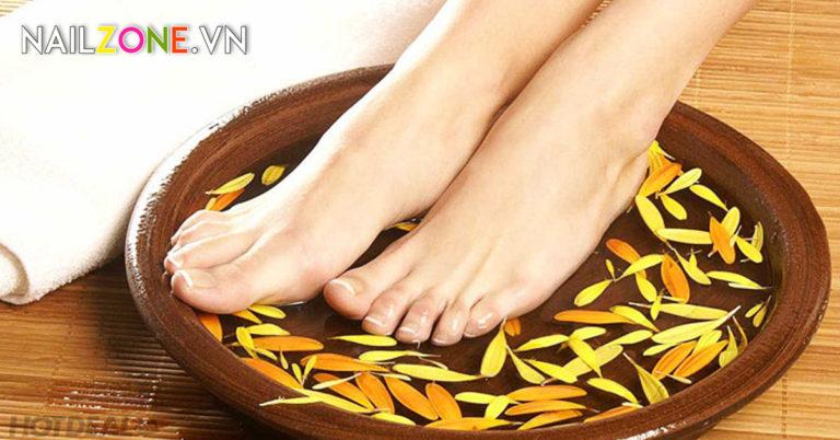 Bí quyết chăm sóc móng chân mà bạn nên biết